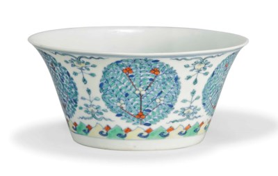 A CHINESE DOUCAI BOWL