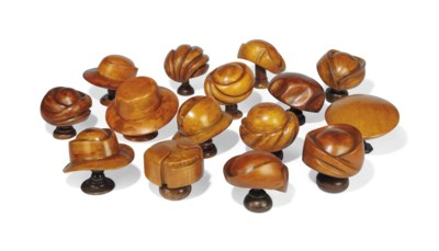 A GROUP OF FIFTEEN STAINED BEE