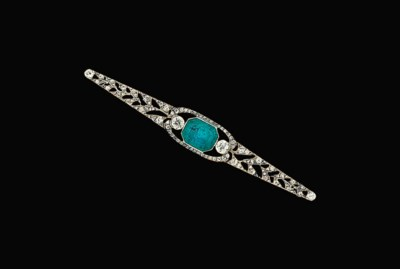 A French Art Deco emerald and