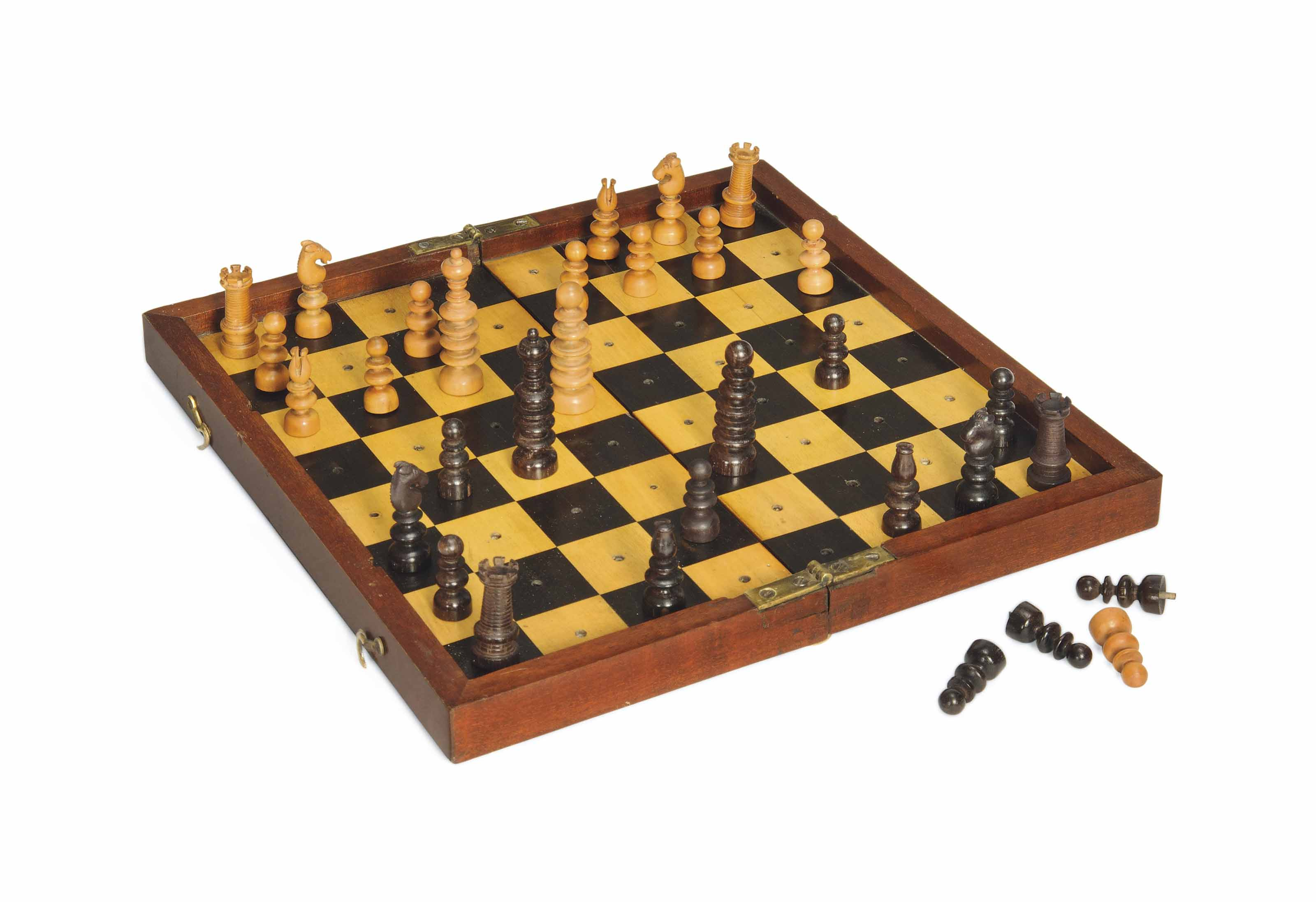 AN EARLY VICTORIAN MAHOGANY ENCASED TURNED ROSEWOOD AND BOXWOOD TRAVEL CHESS SET