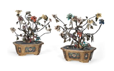 A PAIR OF CLOISONNÉ ENAMEL OCT