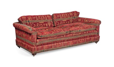A LARGE EDWARDIAN SOFA