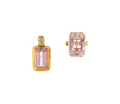 A kunzite pendant and ring