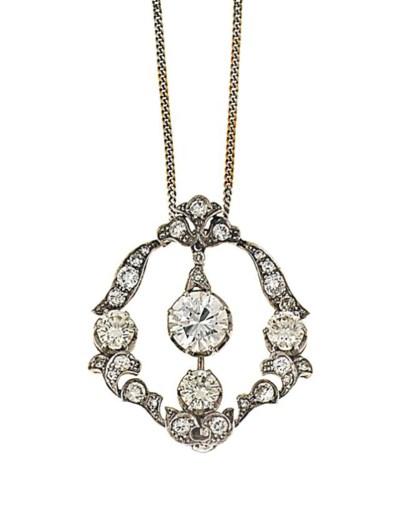 A diamond brooch / pendant
