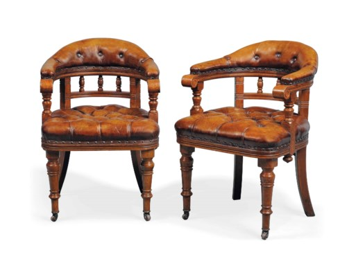 A PAIR OF LATE VICTORIAN OAK D