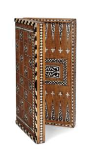 AN IVORY AND HARDWOOD-INLAID G