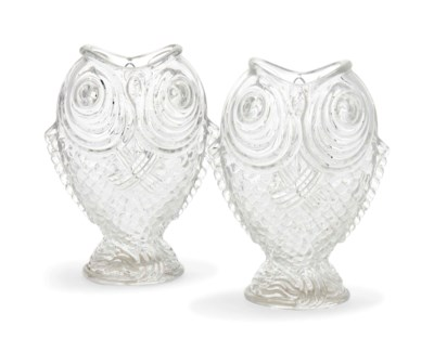 A PAIR OF FRENCH MOULDED GLASS