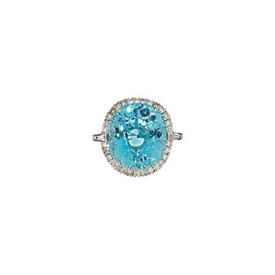 An 18ct white gold, aquamarine