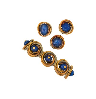 A large group of lapis lazuli,
