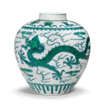 A GREEN ENAMEL 'DRAGON' JAR