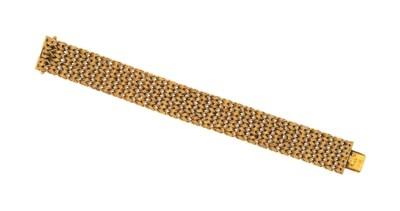 A fancy-link bracelet, by Tiff