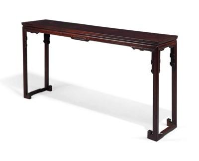 A CHINESE HONGMU PAINTING TABL