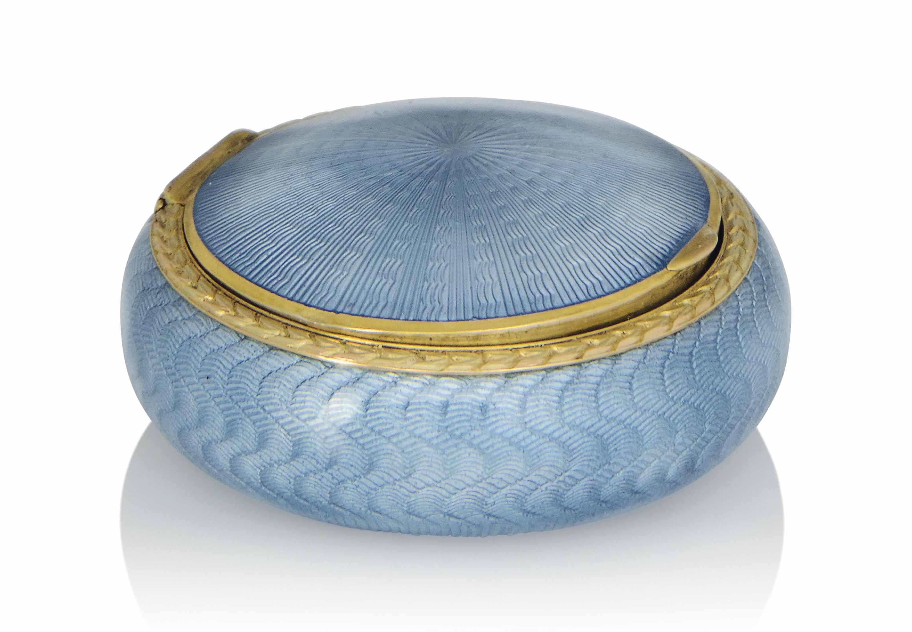 A RUSSIAN SILVER-GILT AND POWDER-BLUE ENAMEL PILL BOX WITH GOLD MOUNT