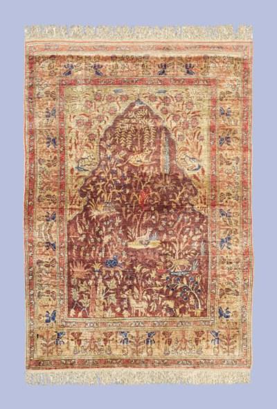 A very fine silk Keyseri praye
