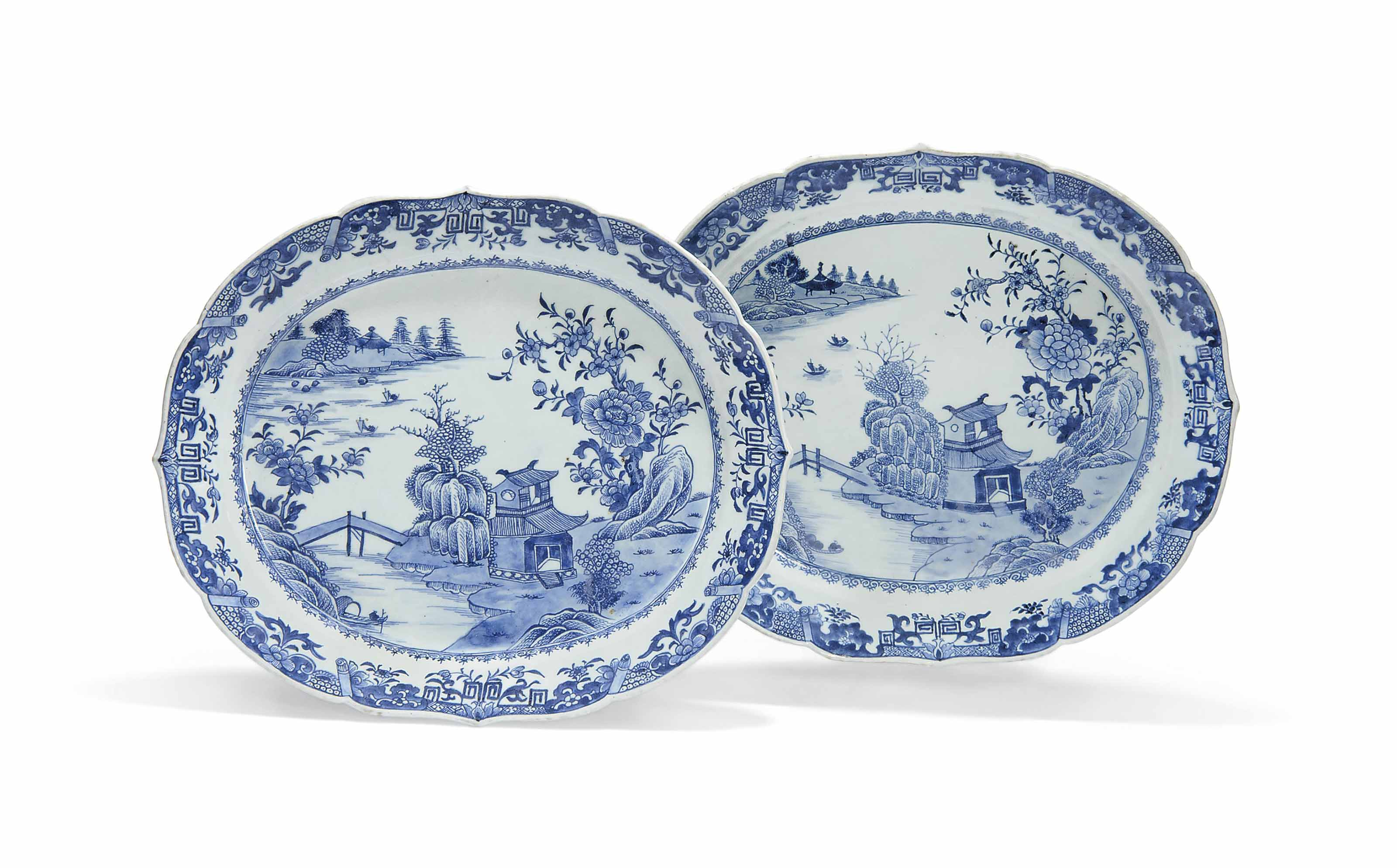 A PAIR OF LARGE CHINESE BLUE A