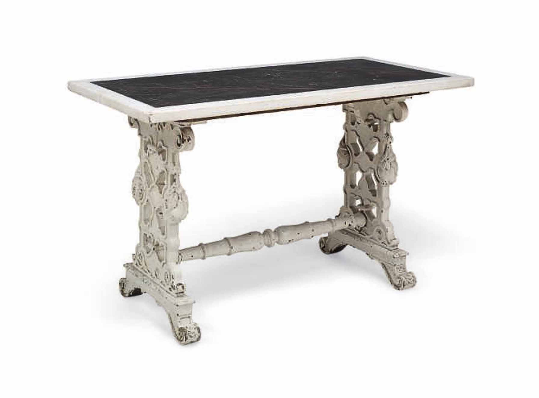 A WILLIAM IV WHITE-PAINTED TABLE