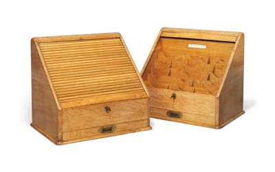 A PAIR OF ENGLISH LIMED OAK ST