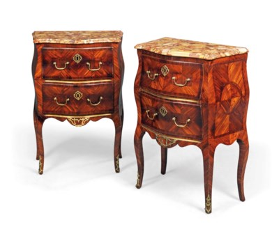 A PAIR OF ITALIAN KINGWOOD AND