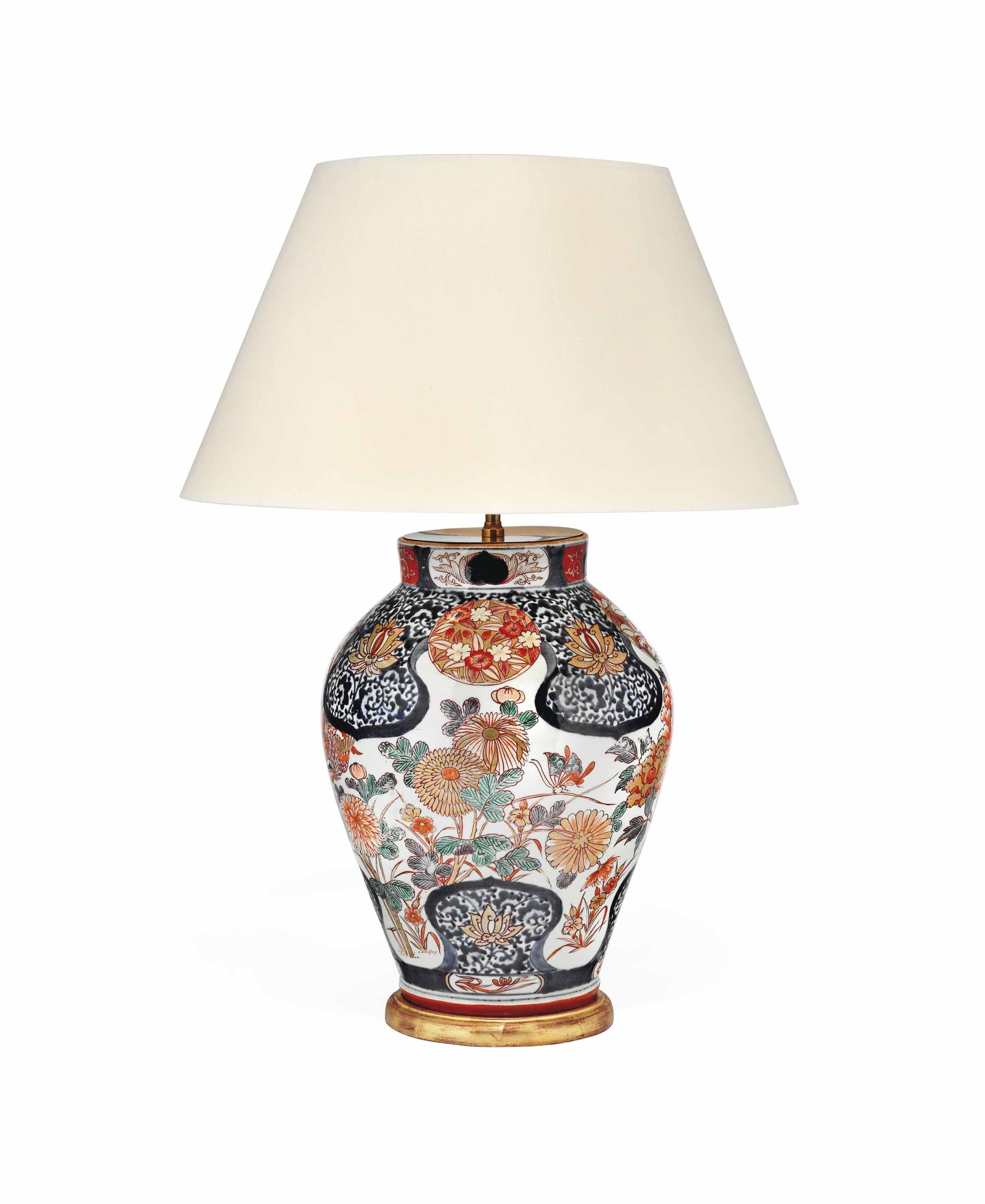 A JAPANESE IMARI VASE LAMP