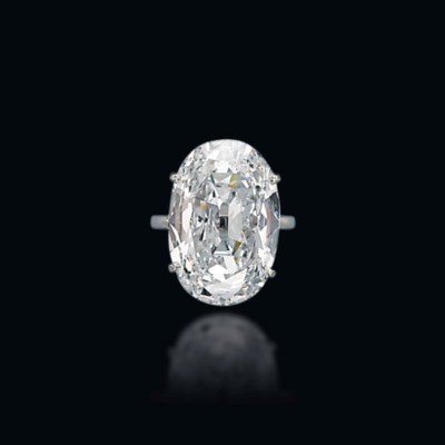 A DIAMOND RING, MOUNTED BY VAN