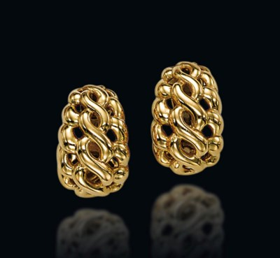 A PAIR OF GOLD 'GOUPIL' EAR CL