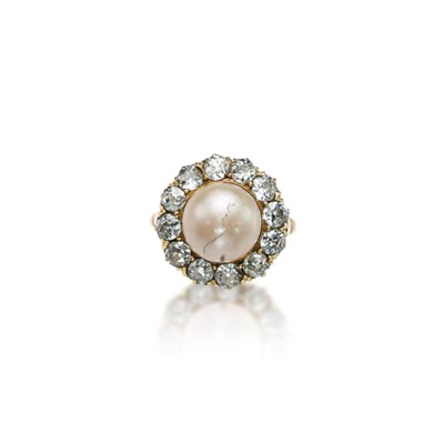 A PEARL AND DIAMOND RING