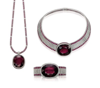 A SET OF RUBELLITE, RUBY AND D