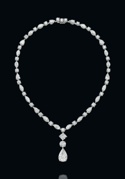 A DIAMOND NECKLACE, BY GRAFF
