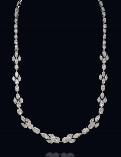 AN IMPORTANT DIAMOND SAUTOIR