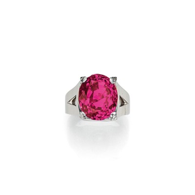 AN EXCEPTIONAL RUBY AND DIAMON