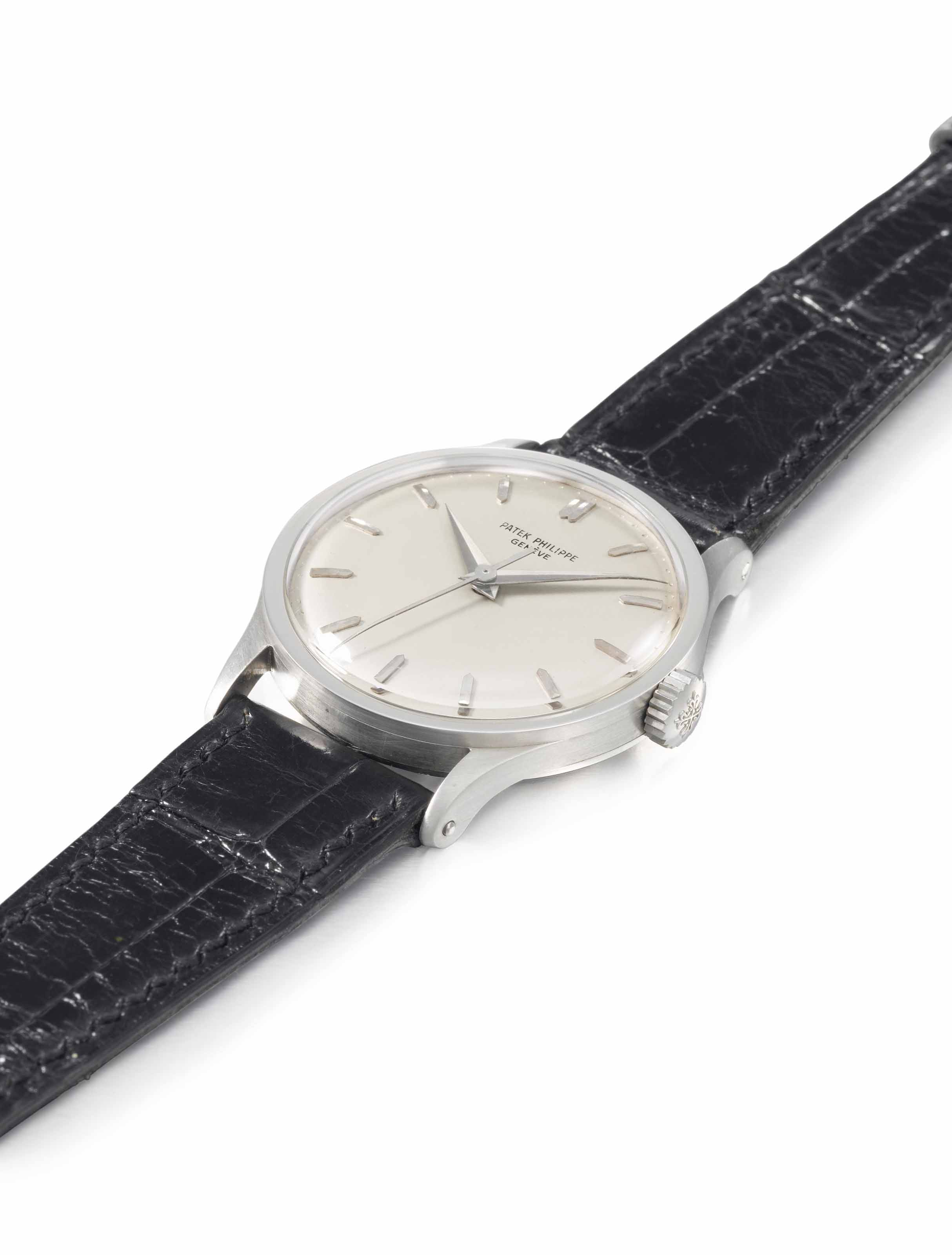 PATEK PHILIPPE. A VERY RARE AND FINE LARGE PLATINUM WRISTWATCH WITH SWEEP CENTRE SECONDS