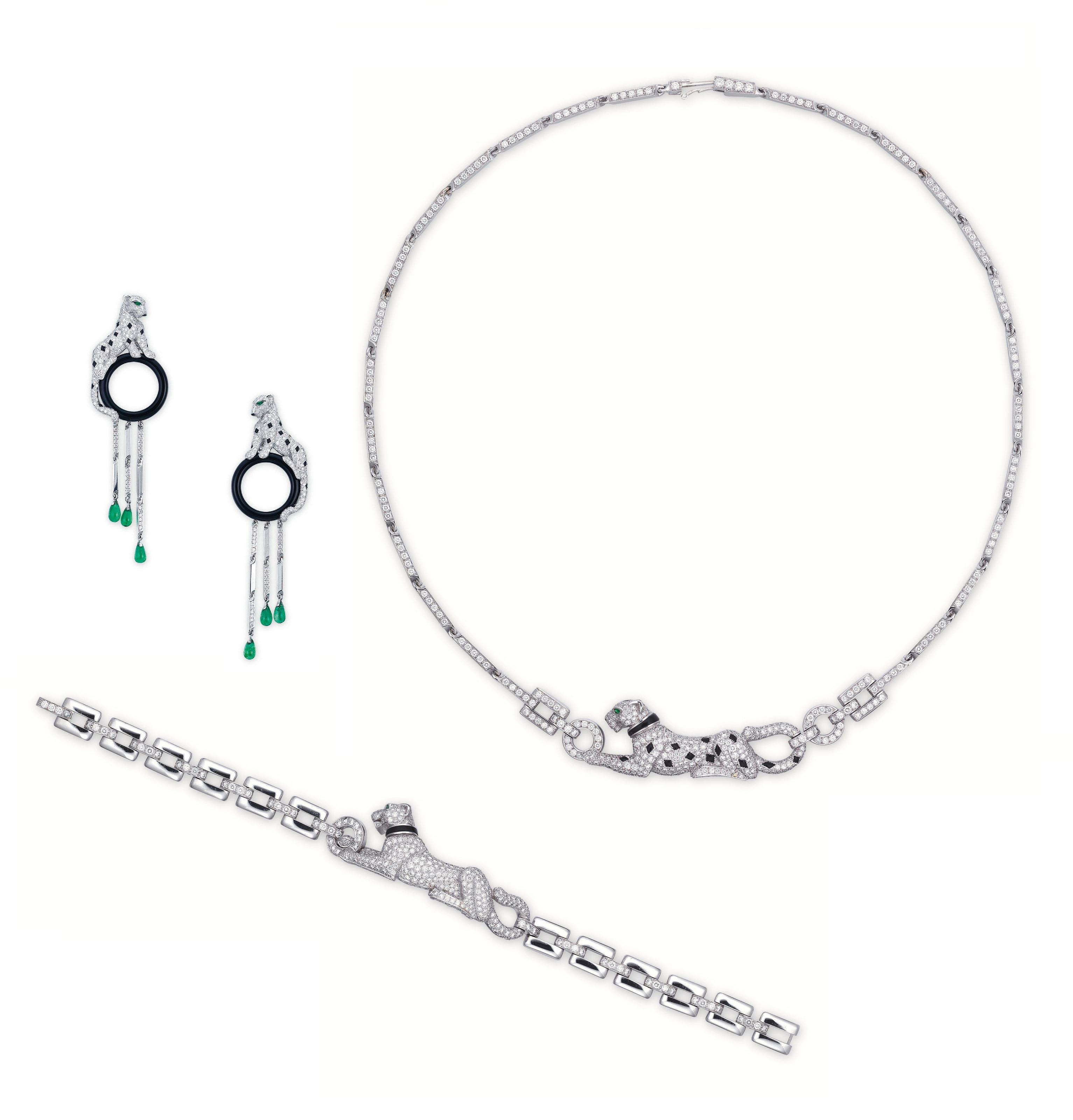 A SUITE OF DIAMOND, ONYX AND E
