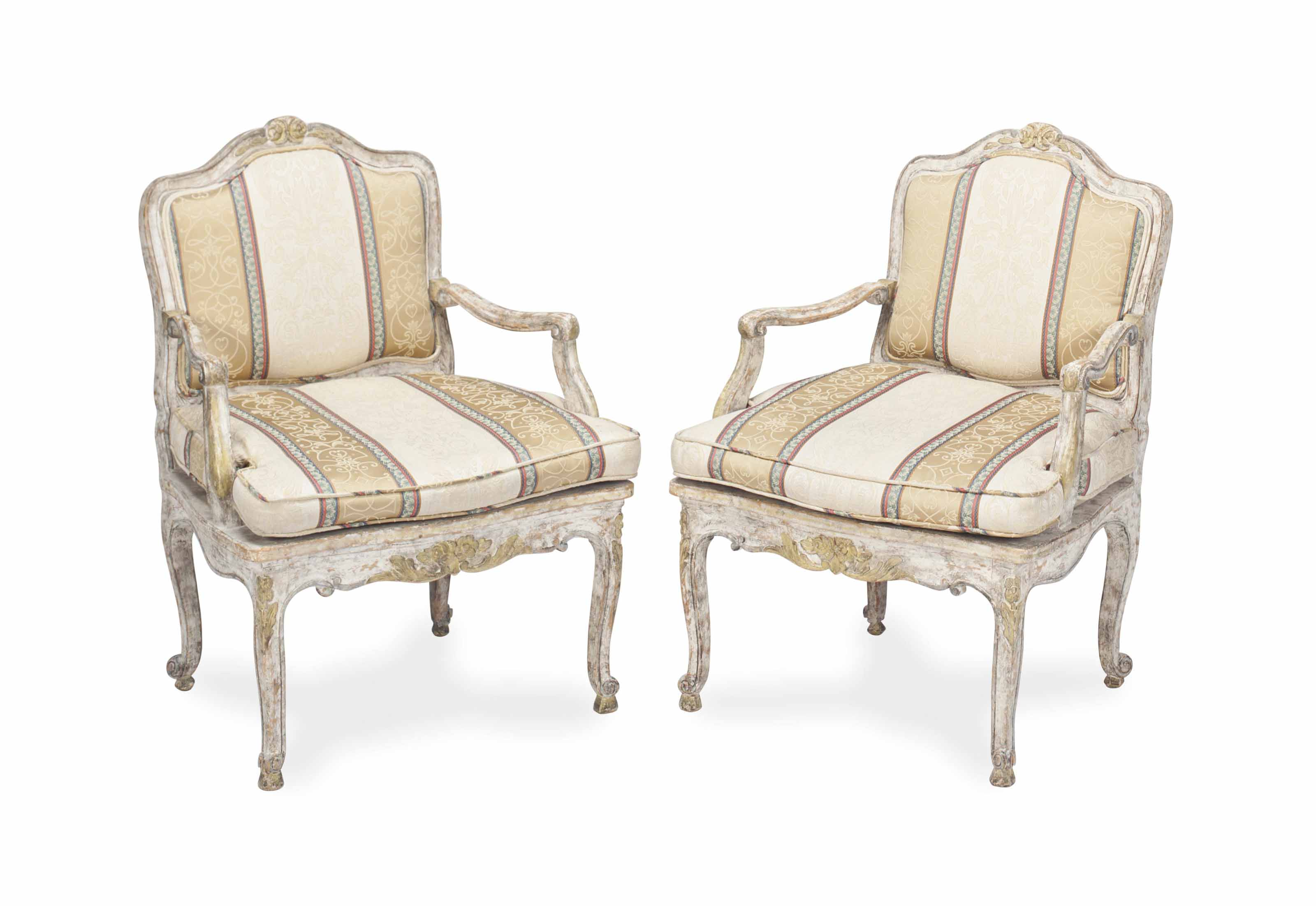 A PAIR OF LOUIS XV STYLE BLUE,