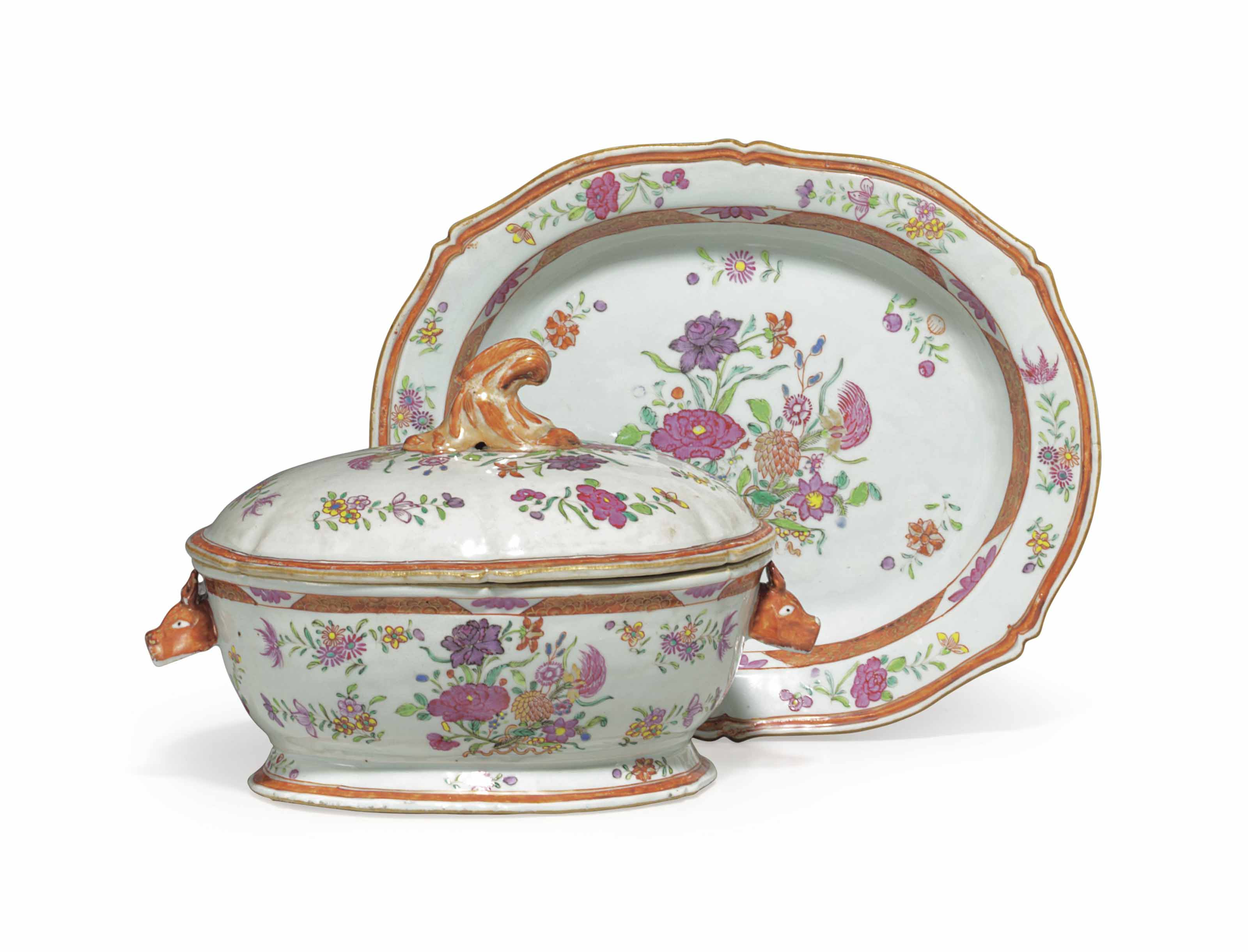 A SMALL CHINESE EXPORT PORCELAIN FAMILLE ROSE TUREEN, COVER AND STAND