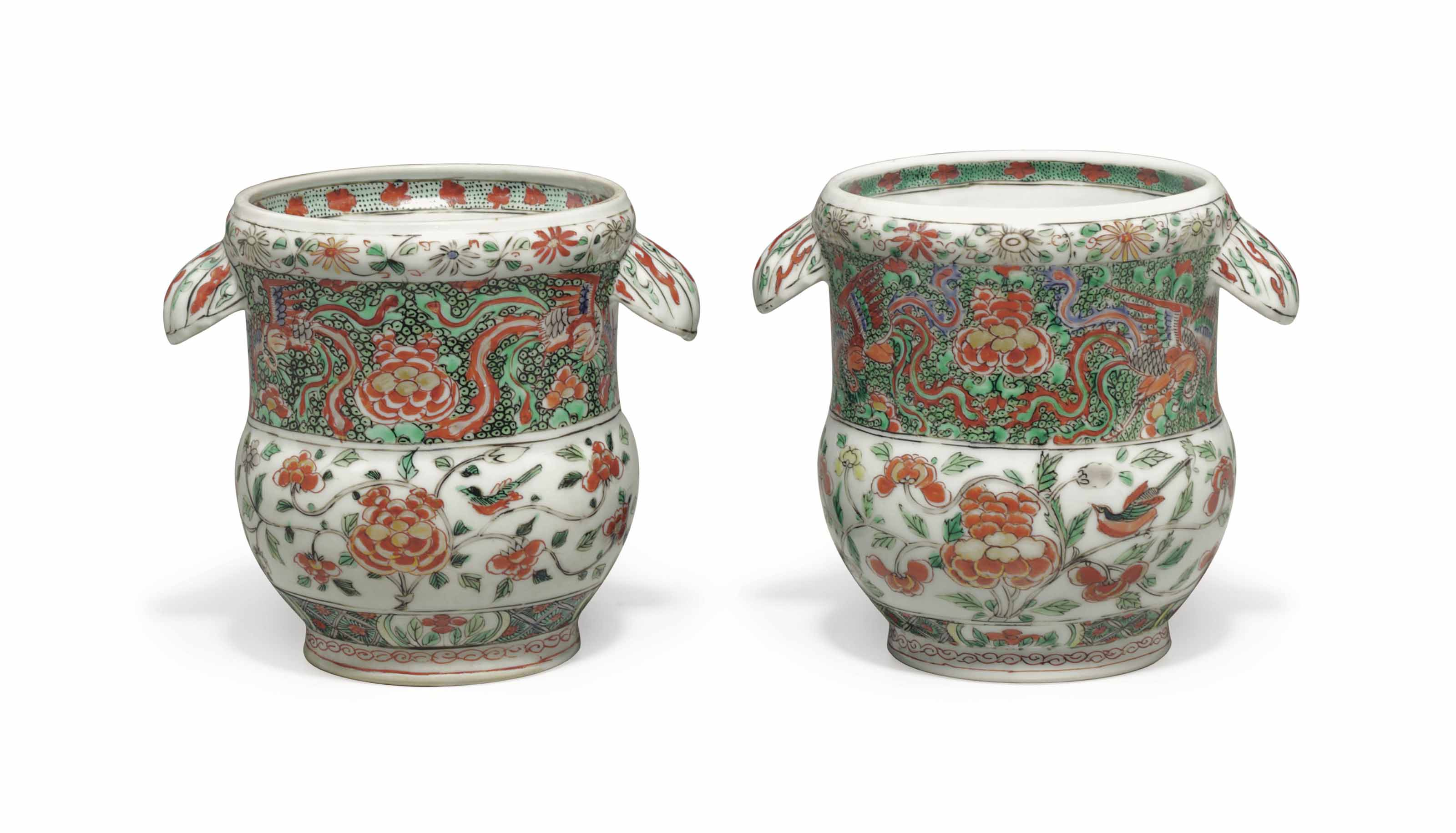 A SMALL PAIR OF CHINESE EXPORT FAMILLE VERTE BOTTLE COOLERS