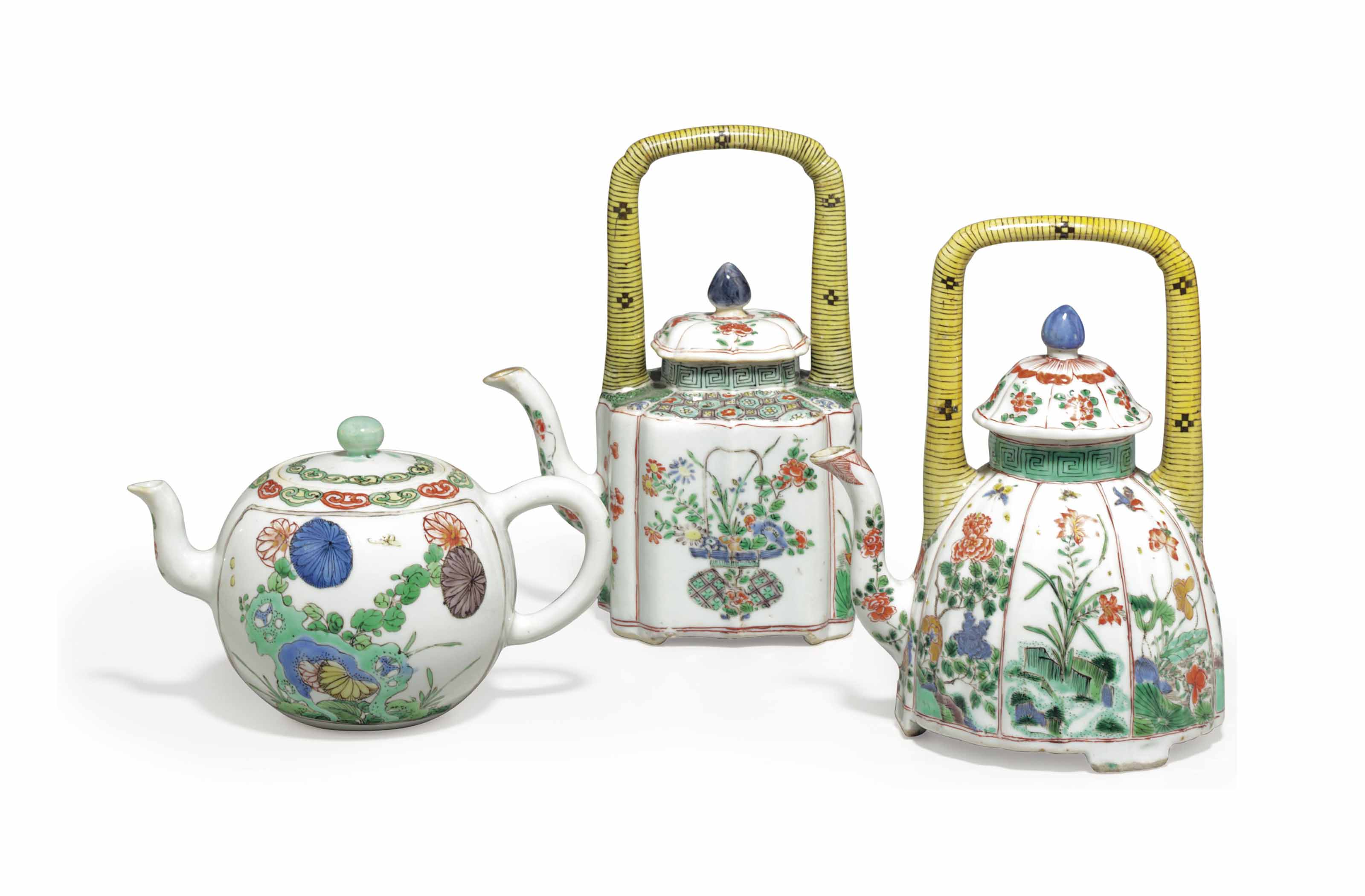 THREE CHINESE FAMILLE VERTE PORCELAIN TEAPOTS AND COVERS