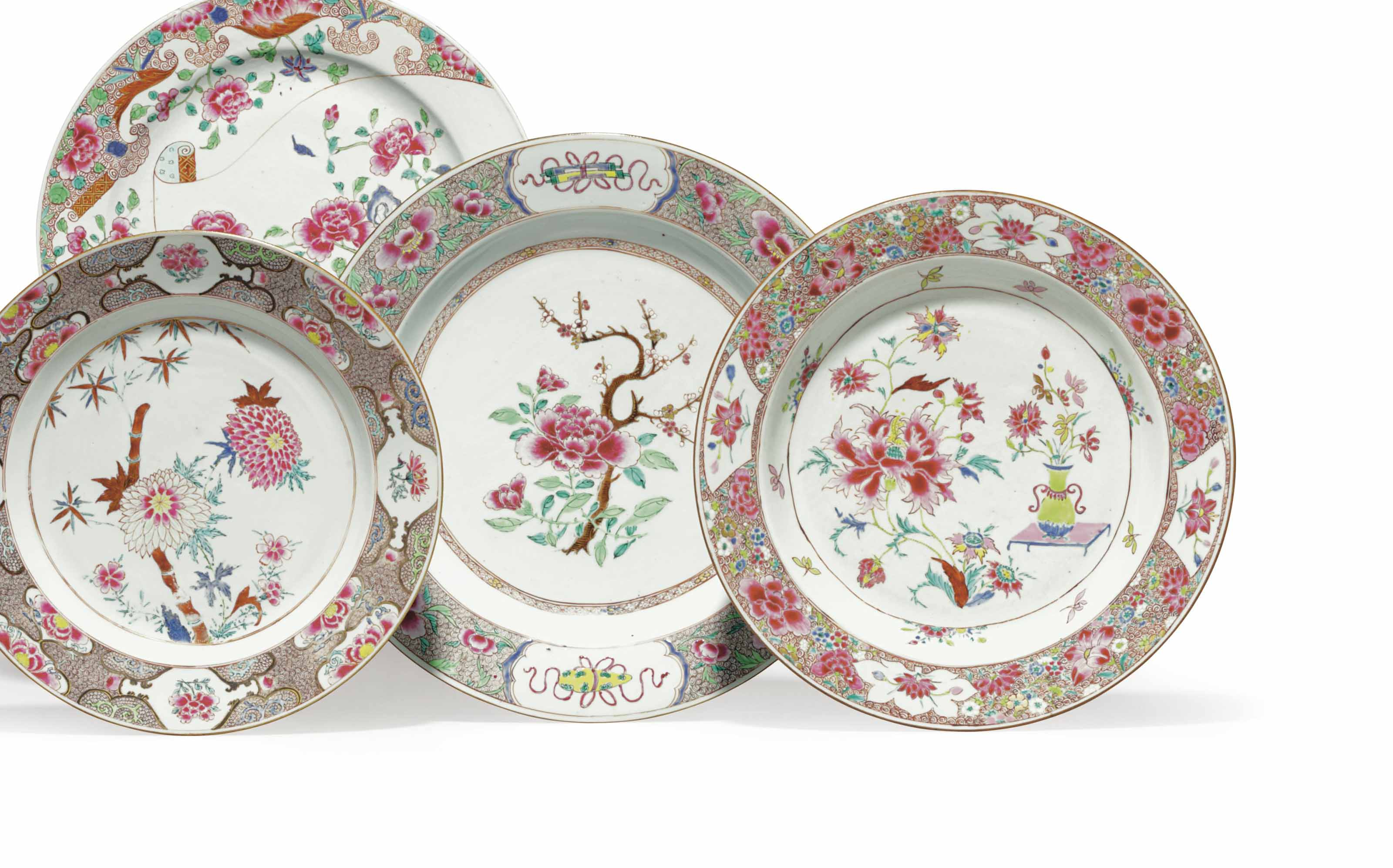 A GROUP OF FOUR CHINESE EXPORT PORCELAIN FAMILLE ROSE CHARGERS