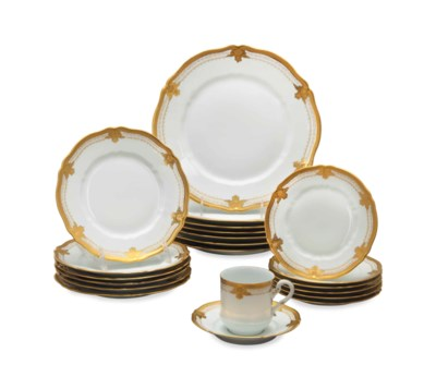 A LIMOGES PORCELAIN GILT DECOR