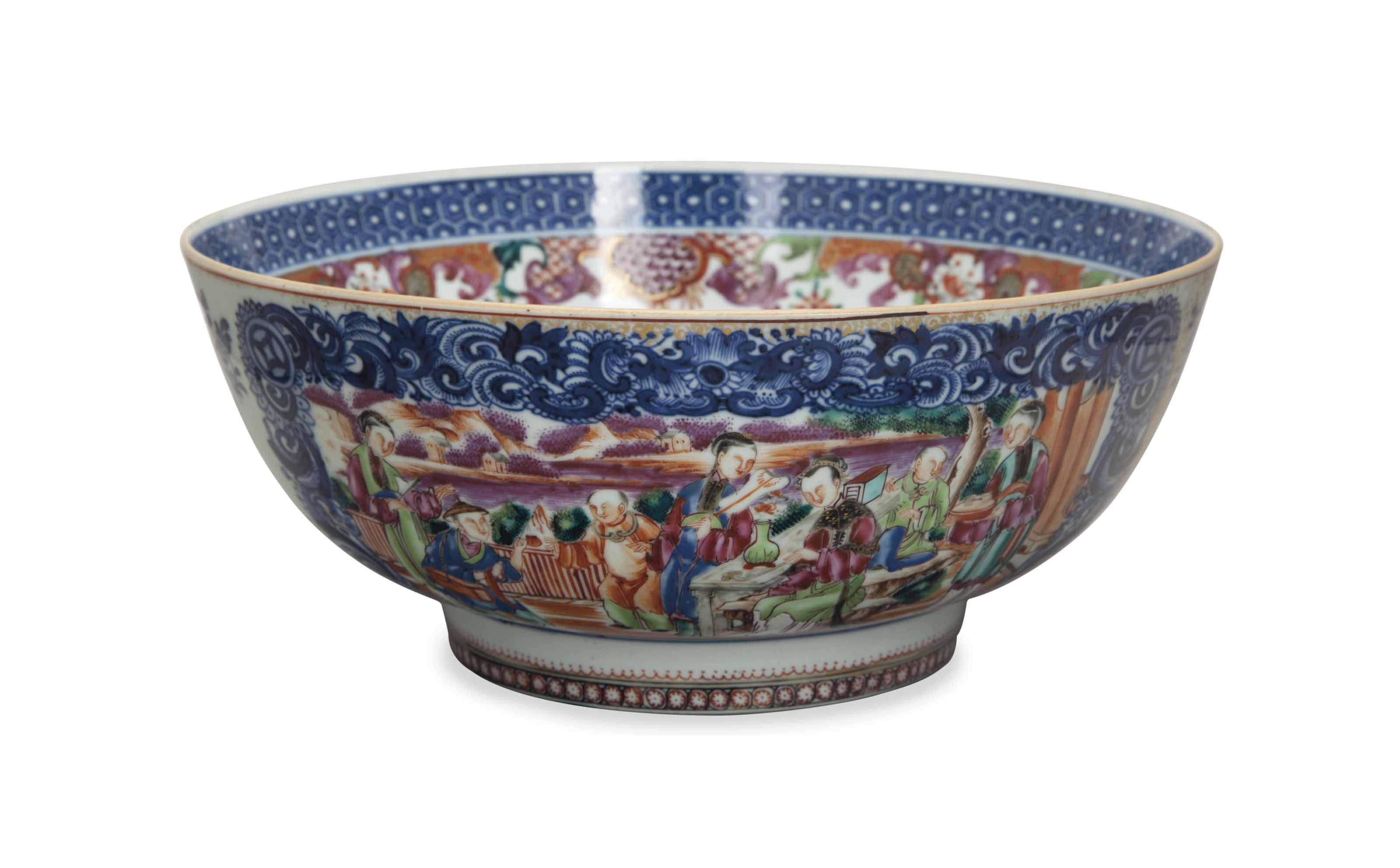 A CHINESE EXPORT MANDARIN PALETTE PUNCH BOWL,