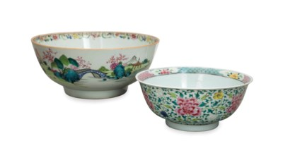 A CHINESE FAMILLE ROSE BOWL AN