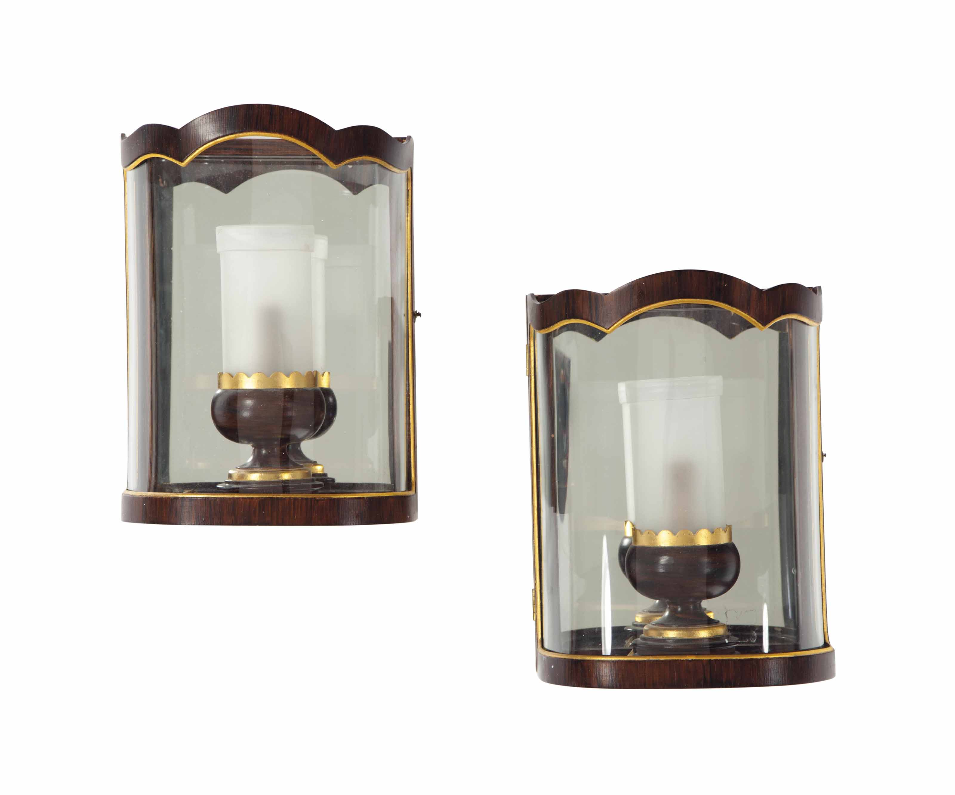 A SET OF FIVE ENGLISH GRAIN-PAINTED AND PARCEL GILT WALL LIGHTS,