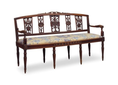 A FRENCH FRUITWOOD SETTEE,