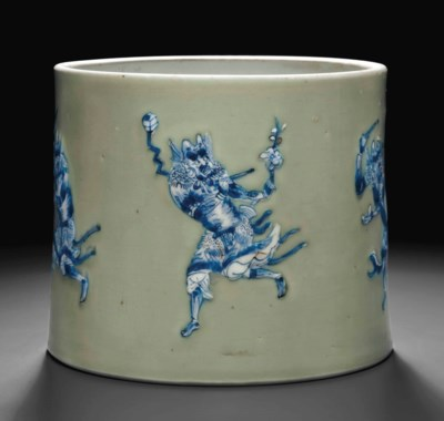 AN UNDERGLAZE BLUE AND WHITE-D