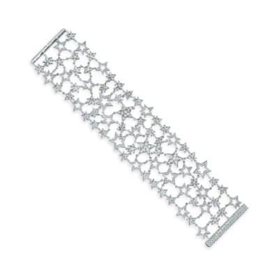 A DIAMOND BRACELET, BY TIFFANY