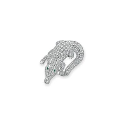 A DIAMOND AND EMERALD ALLIGATO