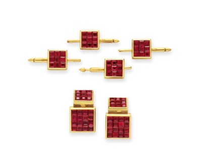 A RUBY AND GOLD DRESS SET, BY