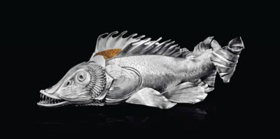 A ITALIAN SILVER FISH-FORM CEN