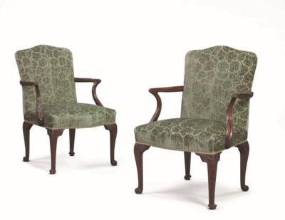 A PAIR OF EARLY GEORGE III MAH