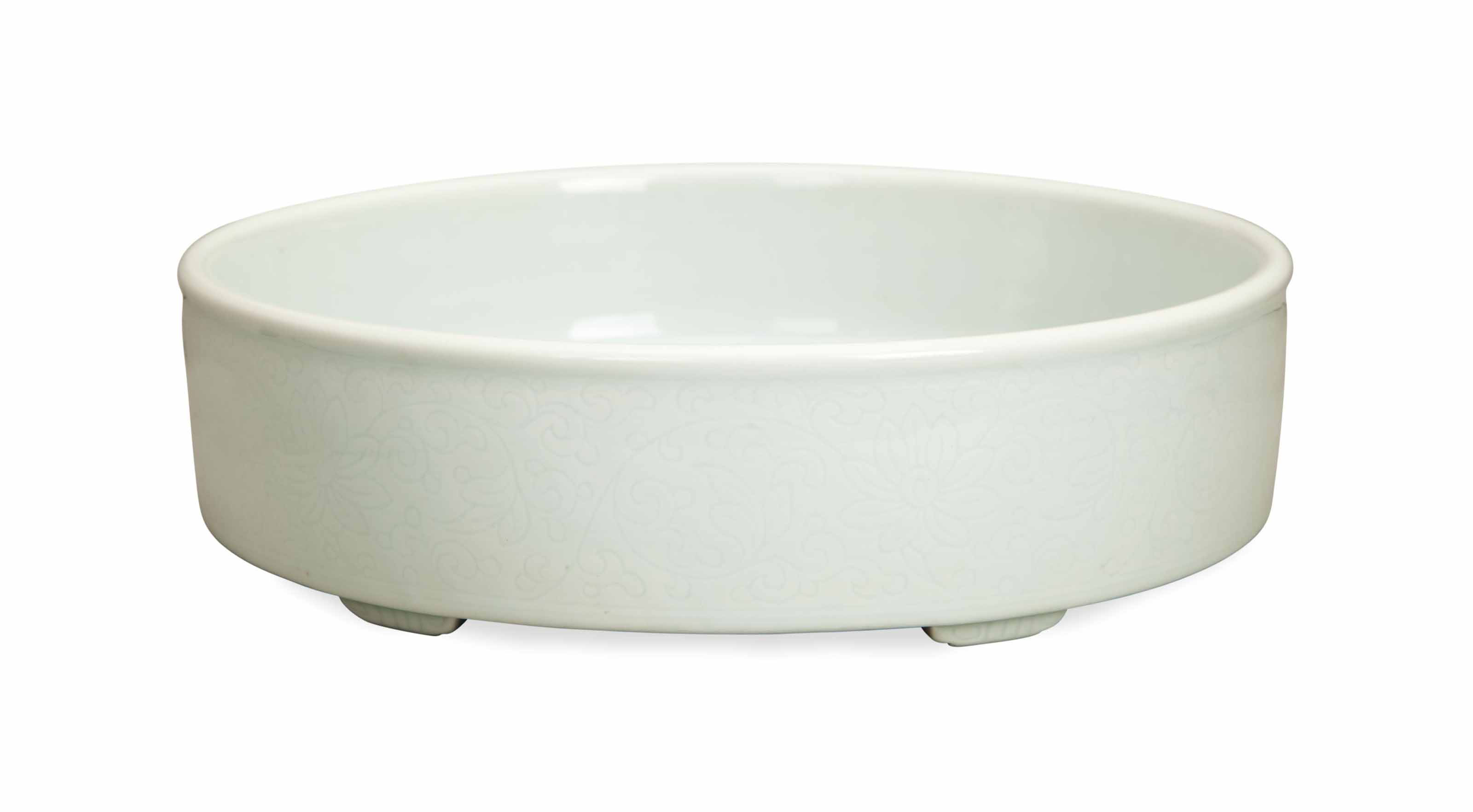 A CHINESE WHITE GLAZED ANHUA D
