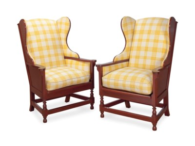 A PAIR OF YELLOW AND WHITE CHE